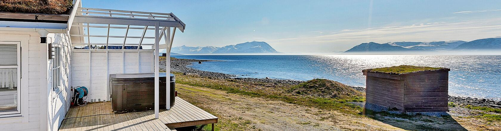Nordland - Lofoten in Norway — Rent a holiday home with DanCenter